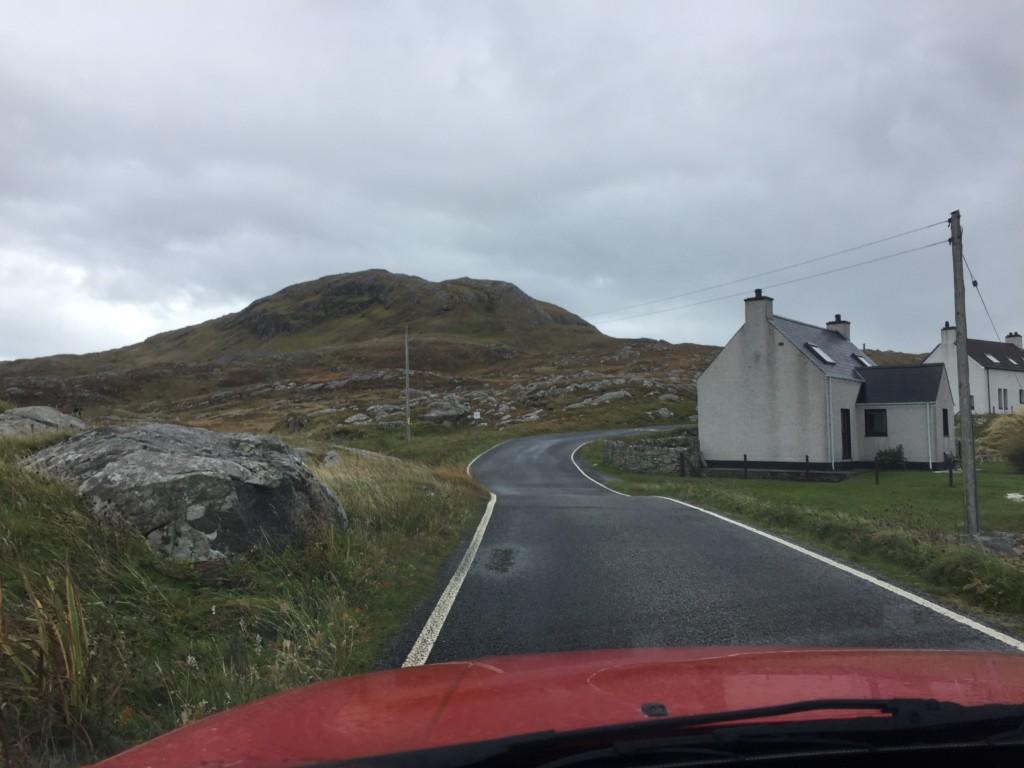 Schottische Straße auf den äußeren Hebriden